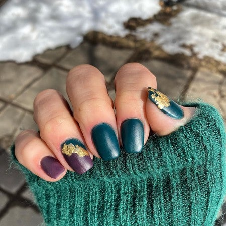 Deep Green and Wine Red Dip Powder | New Year Manicure Inspo | Revel Nail Dip Powder | At Home Dip Powder Starter Kit