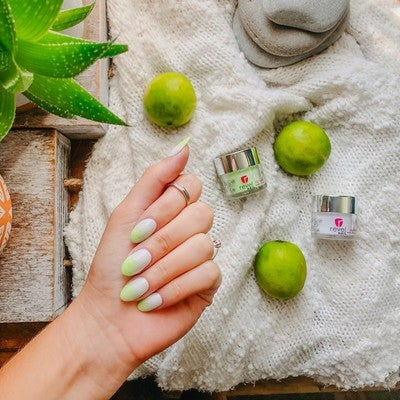 GC7 Limelight Green Glow in the dark manicure | Revel Nail Get the look | Dip Powder at home Kit