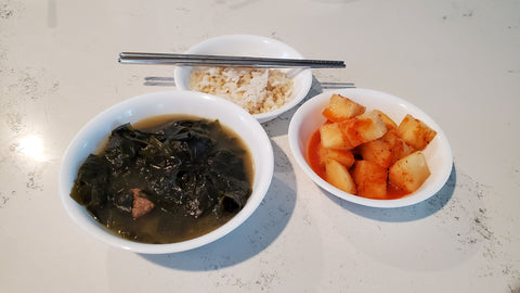 Korean-seaweed-soup-for-healthy-skin