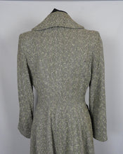 Load image into Gallery viewer, 1940s Fit and Flare Princess Coat - B37