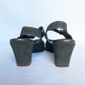 Original 1940s Charcoal Grey Suede Sandals - Great Shoes - UK 7 or 7.5