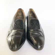 Load image into Gallery viewer, Original 1930s Black Leather and Suede Court Shoes - UK 4 4.5