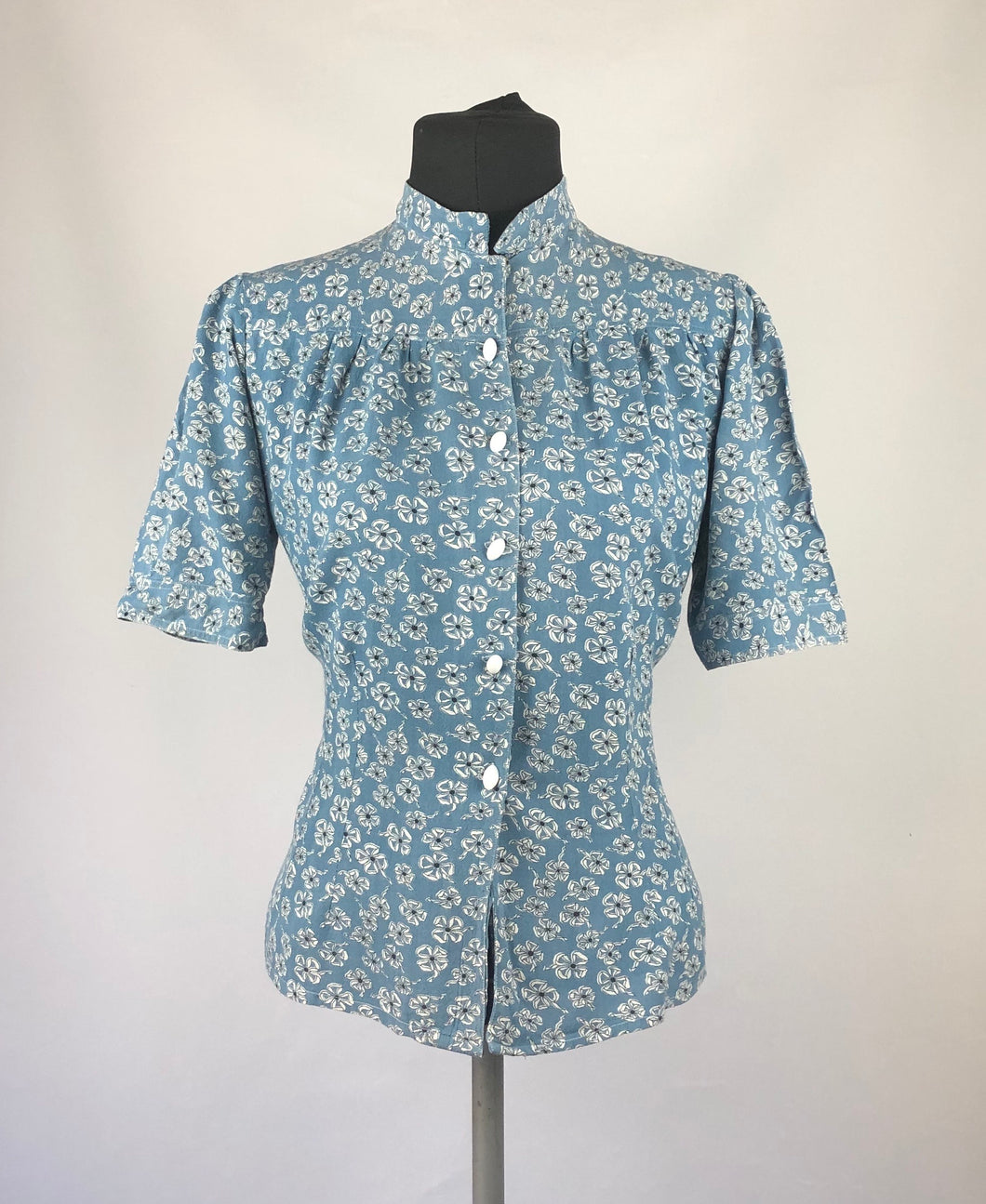 1940s Blue, White and Black Novelty Print Ribbons and Clover Blouse - B36