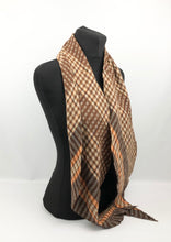 Load image into Gallery viewer, 1930s 1940s Plaid Wool Pointed Cravat - Vintage Scarf