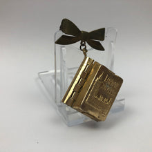 Load image into Gallery viewer, Vintage 1950s London Souvenir Mini Postcard Brooch with a Bow