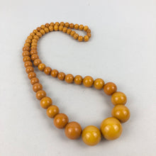 Load image into Gallery viewer, 1940s Egg Yolk Yellow Bakelite Necklace