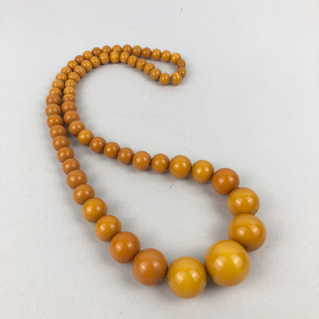 1940s Egg Yolk Yellow Bakelite Necklace