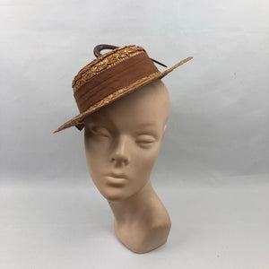 1940s Straw Hat with Scalloped Edge and Hook Trim