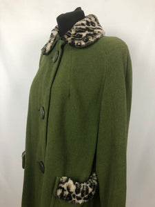 1950s Green Wool Coat with Faux Fur Leopard Print Trim 38 40 42