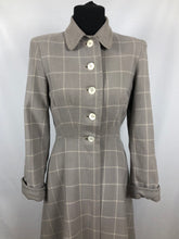 Load image into Gallery viewer, 1940s 11011 Grey and Cream Fit and Flare Check Coat - Bust 34