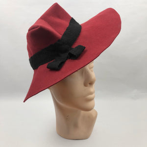 Amazing 1930s or 1940s Deep Red Felt French Fedora