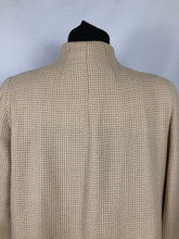 Load image into Gallery viewer, 1940s Volup Wool Swagger Coat in Cream Check with Single Button - Bust 40 42 44