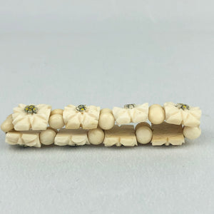 1940s Carved Bovine Elasticated Bracelet