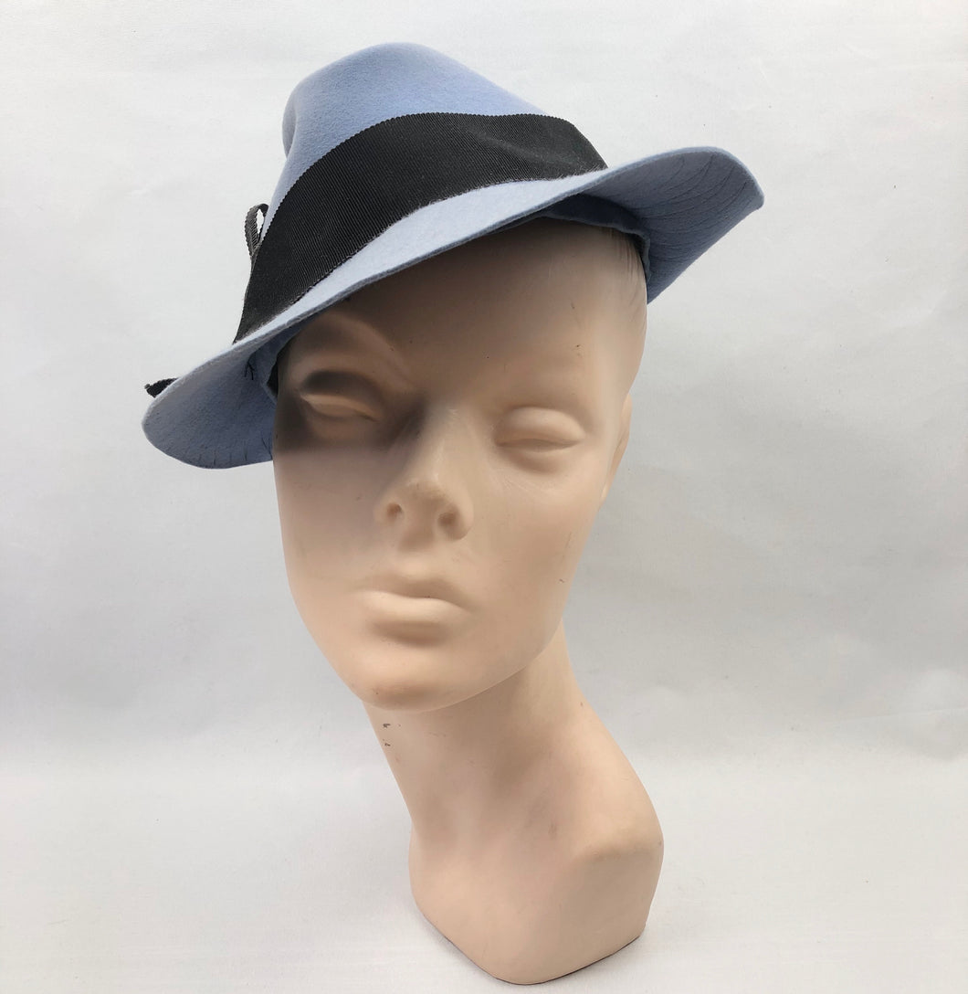 1930s Cornflower Blue Felt Fedora Hat with Black Grosgrain Trim