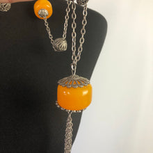 Load image into Gallery viewer, Vintage Early Plastic Necklace - A Statement Piece!