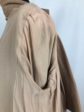 Load image into Gallery viewer, 1940s Volup Caldaric Camel Coloured Wool Coat with Soutache and Trapunto Quilting - Bust 44 46