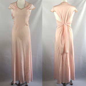 1930s 1940s Peach Silk Nightdress - B34