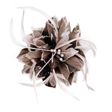 Load image into Gallery viewer, Tip dyed goose and biot feather flower FM057
