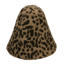 Load image into Gallery viewer, Cheetah effect double side melusine fur felt cone for millinery fascinator HF020
