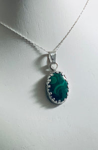 Oval Malachite Pendant