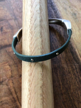 Load image into Gallery viewer, Single Wrap Leather Bracelet