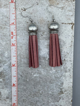 Load image into Gallery viewer, Dome Top Fringe Earrings