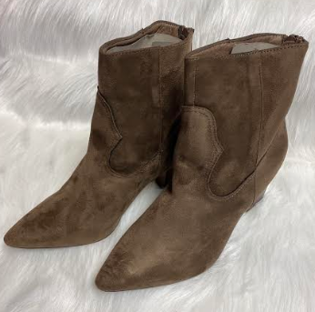 Brown Suede Ankle Boots With Detail