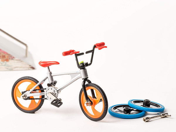 Mini Pro Finger Silver BMX Bike Set with Changeable Wheels by Grip & Tricks