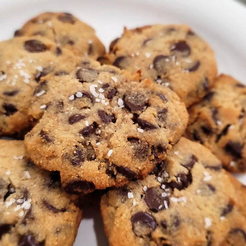 Keto Chocolate Chip Walnut Cookies
