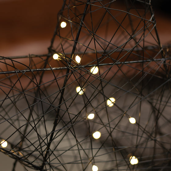 Big LED Wire Star - 60 Battery Operated Warm White Lights