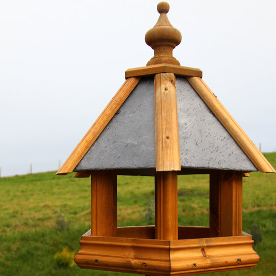Dovesdale Bird Table