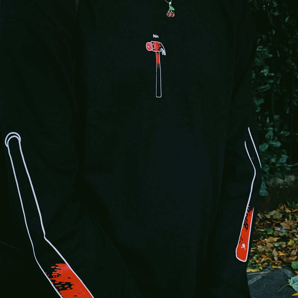 pain longsleeve black