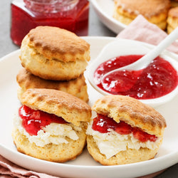 Live Online Workshop | Scones (ENG) |<br>Fr., 01.05.2020 | 17:00 Uhr<br>Mit Julia H. - BakeNight