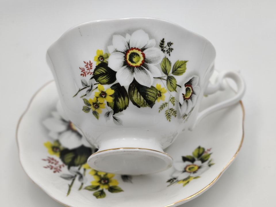 Vintage Yellow and White Floral Tea Cup and Saucer