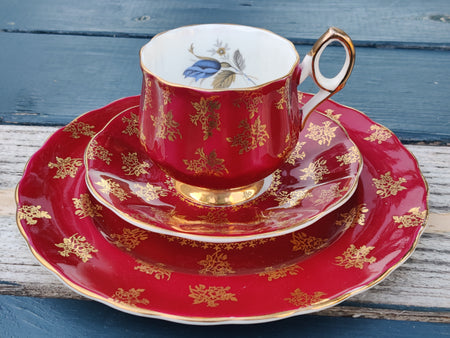 Vintage Elizabethan Burgundy and Gold Tea Cup and Saucer