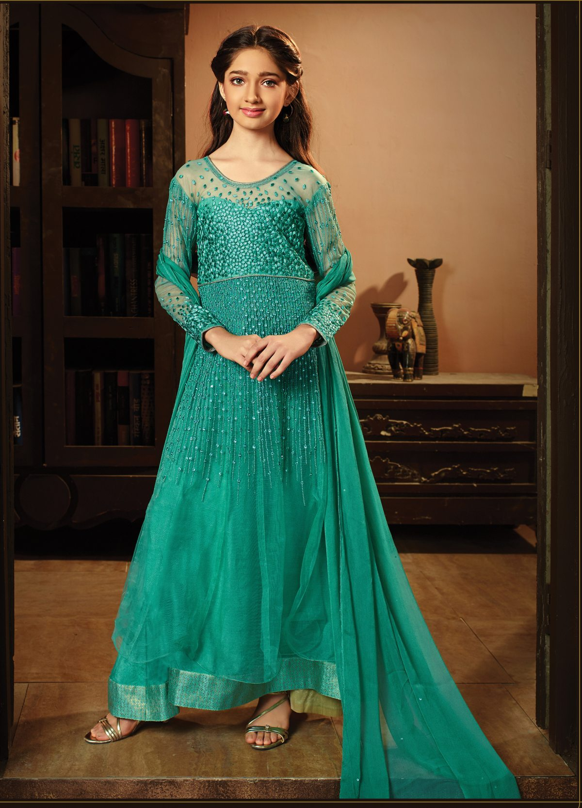 Latest Trendy Salwar Suit 30006