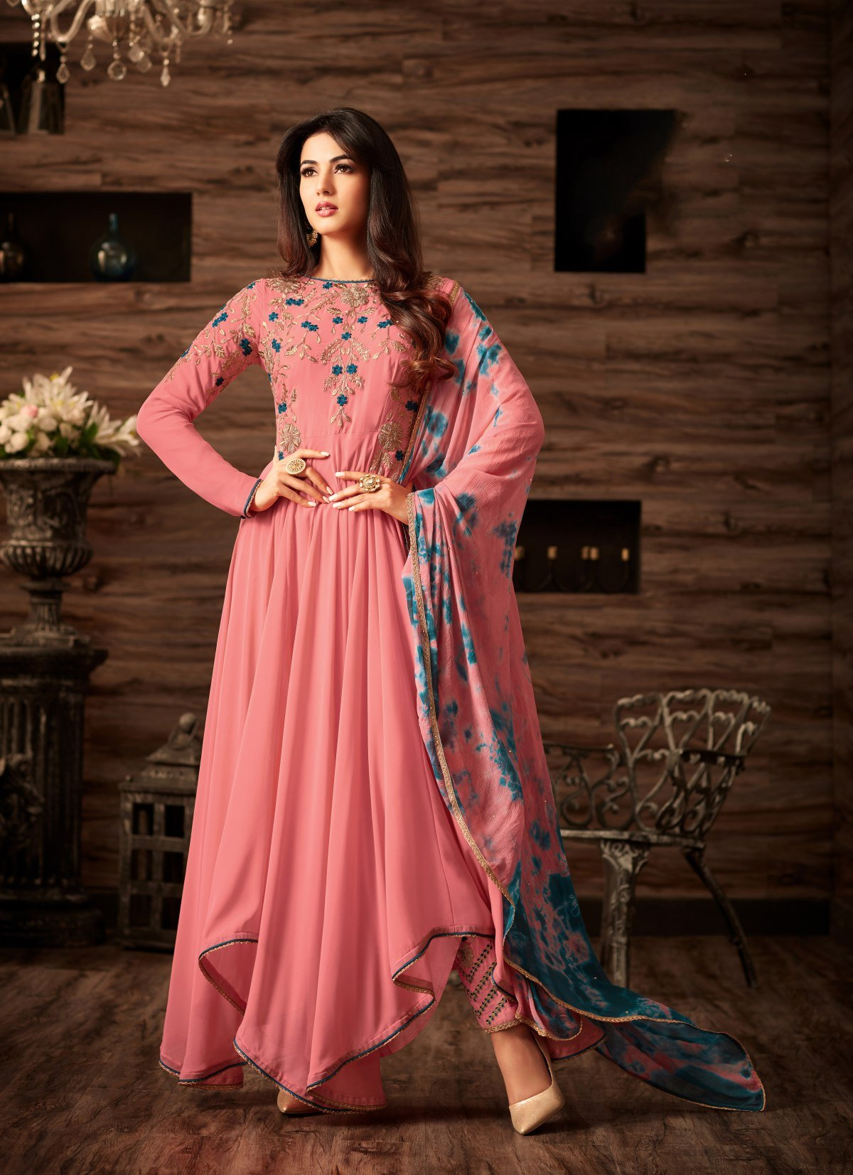 Latest Trendy Salwar-kameez 30023