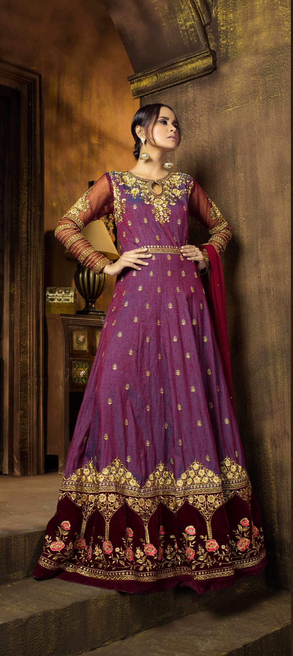 Best Trendy Salwar-kameez 30089