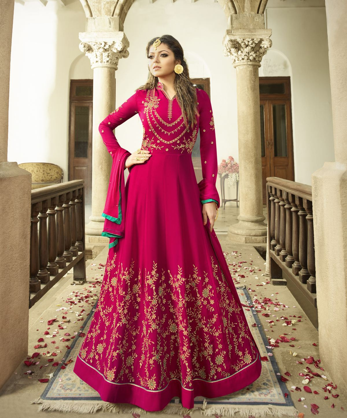 Latest Trendy Salwar-kameez 30095