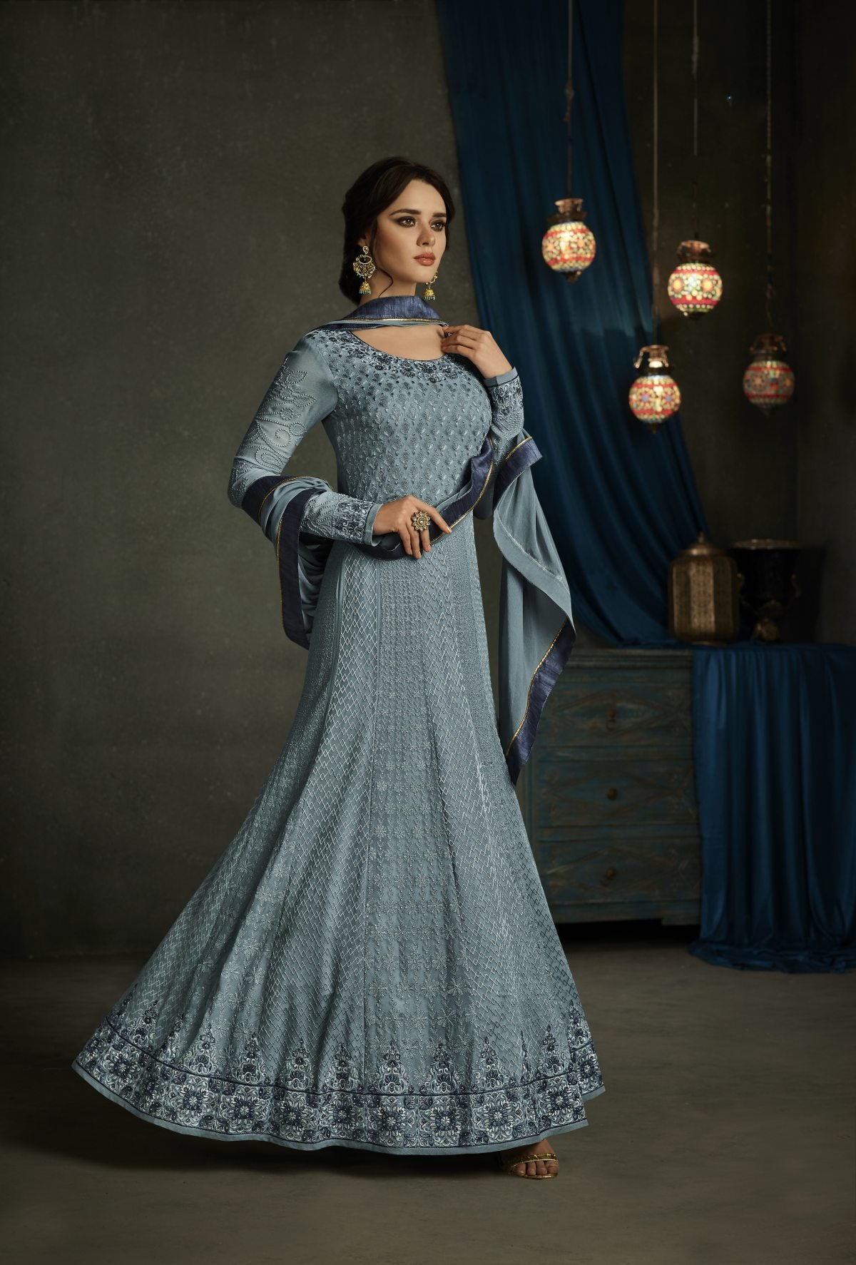 Good Looking Trendy Salwar-kameez 30102