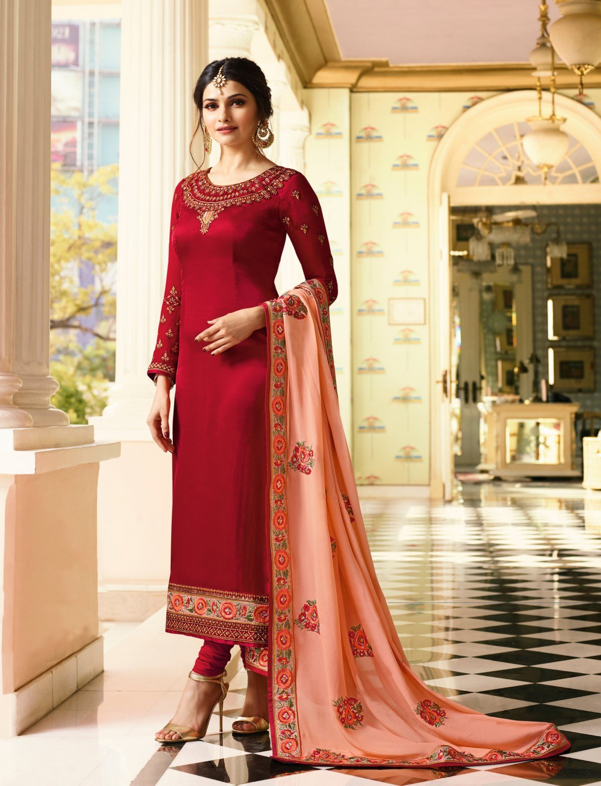 Latest Trendy Salwar-kameez 30143