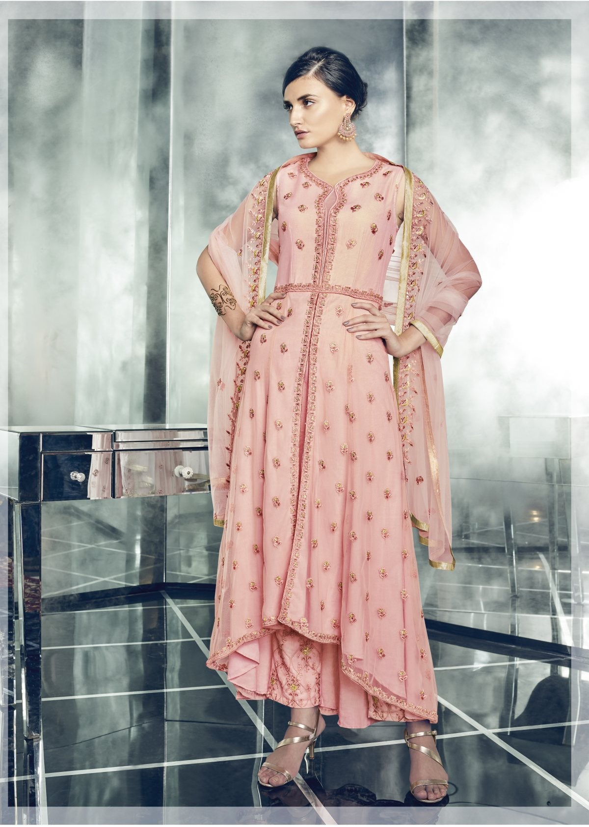 Latest Trendy Salwar-kameez 30191
