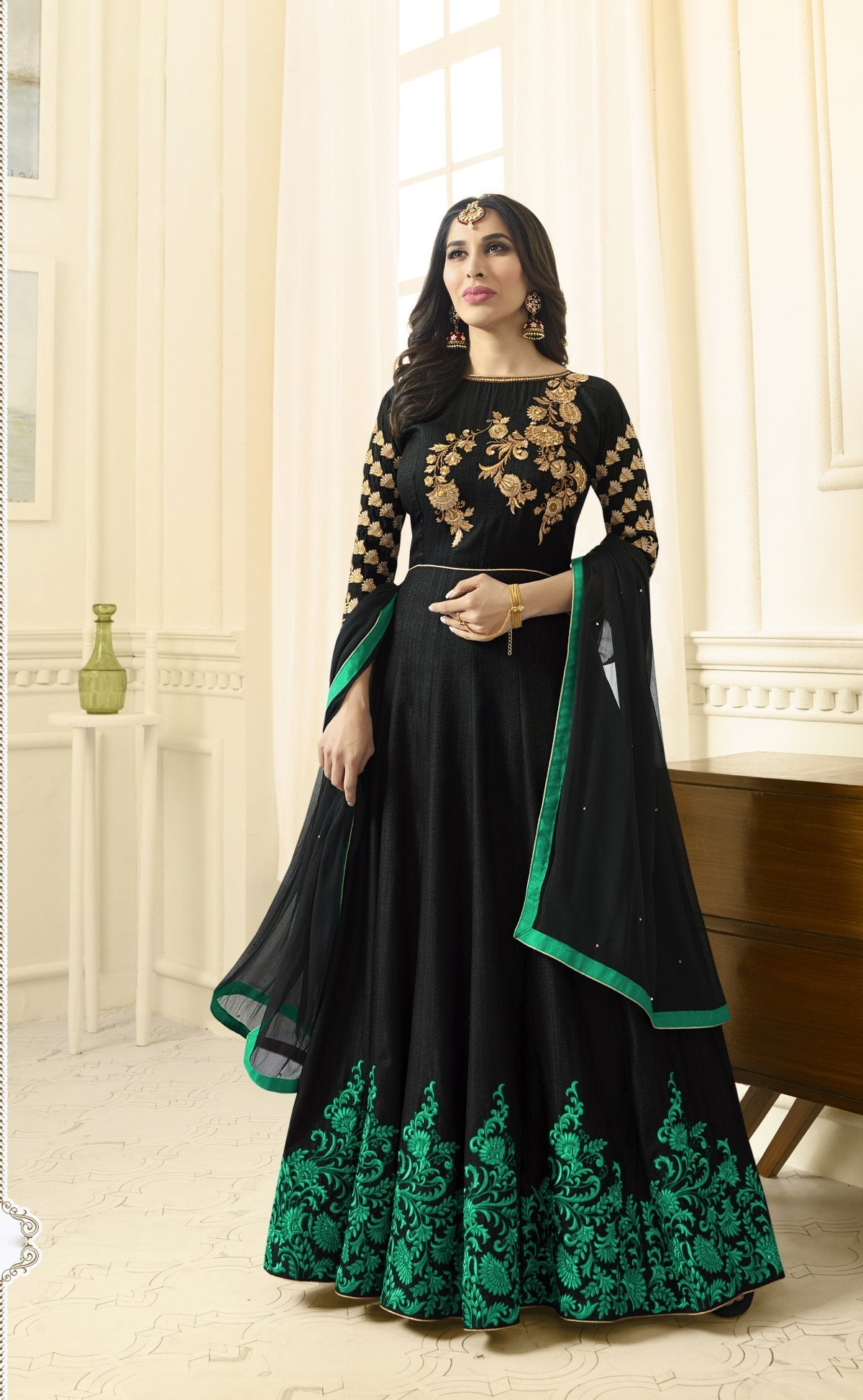 Latest Trendy Salwar-kameez 30203