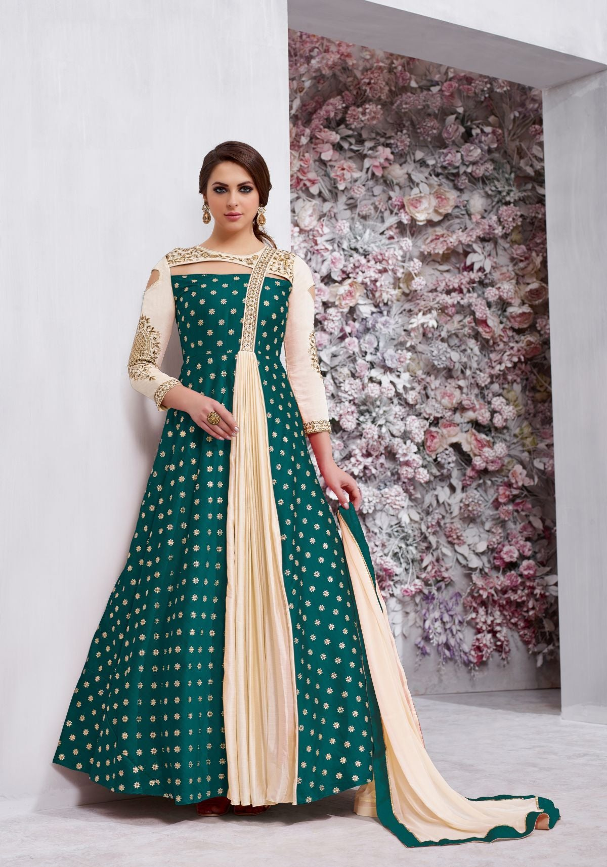 Latest Trendy Salwar-kameez 30215