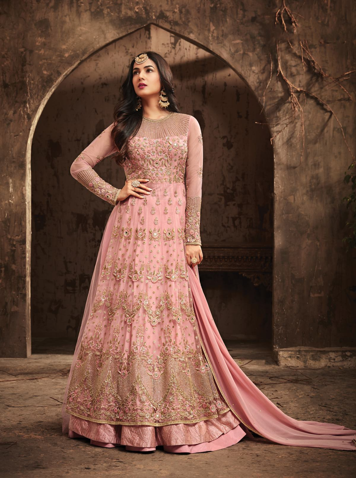 Latest Trendy Salwar-kameez 30275