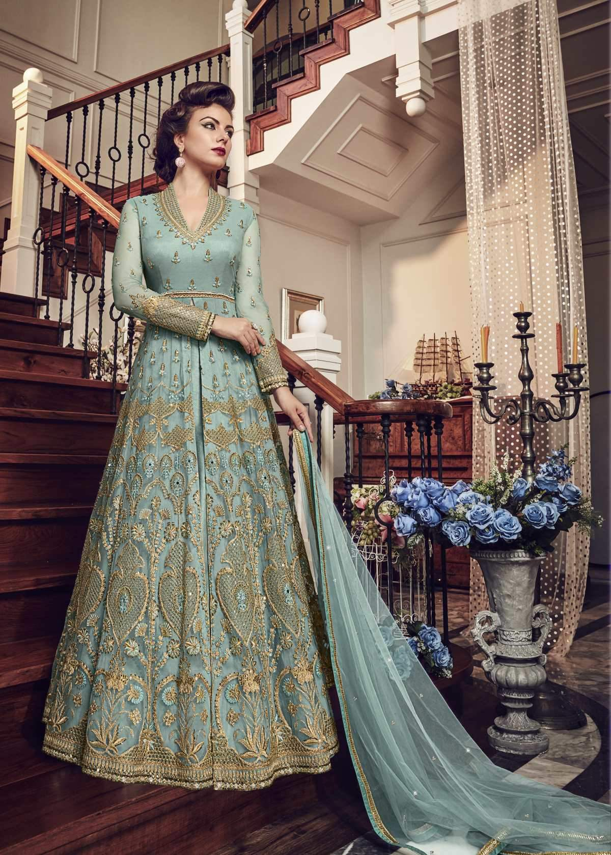 Latest Trendy Salwar-kameez 30335