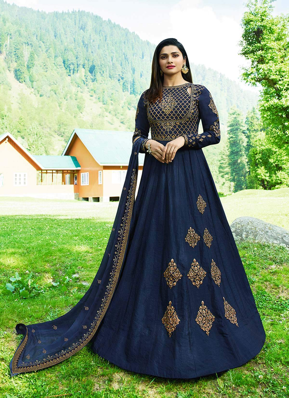 Good Looking Trendy Salwar-kameez 30342