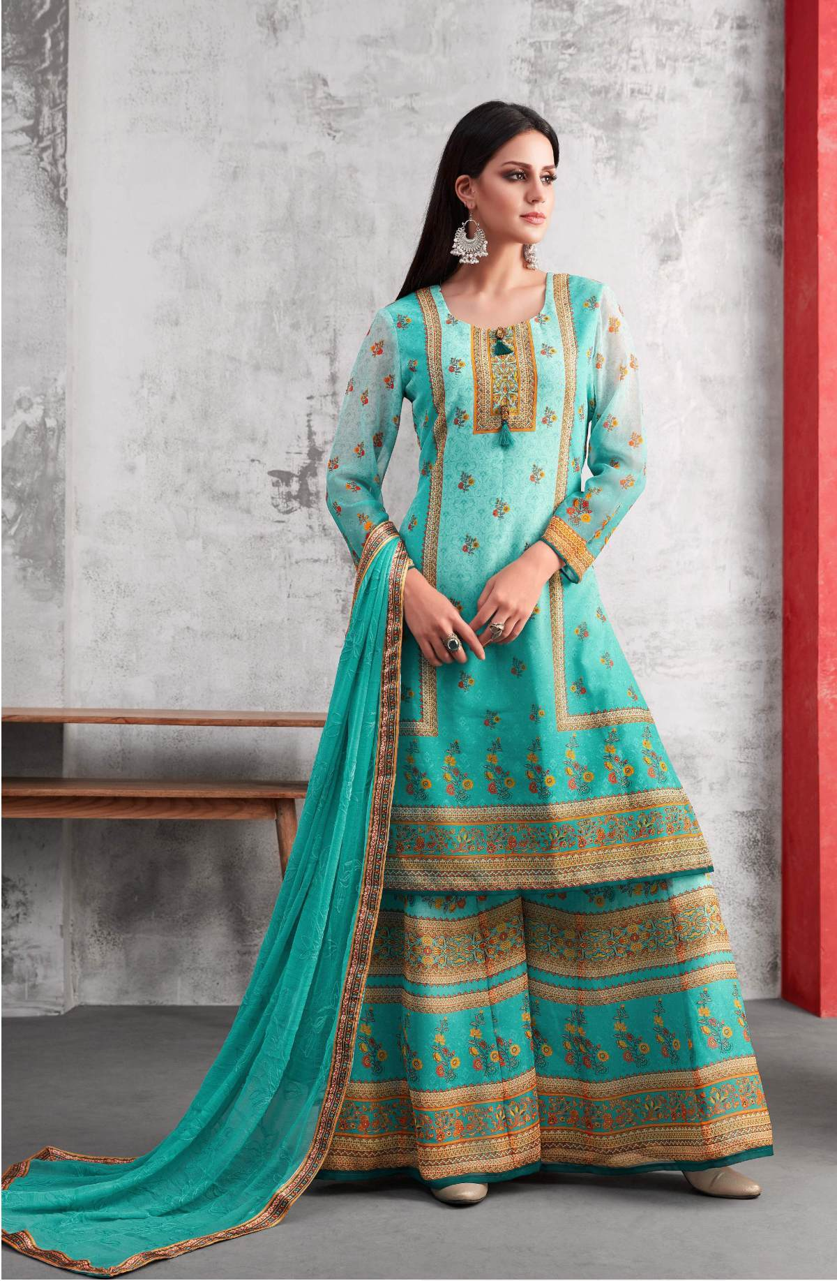 Latest Trendy Salwar-kameez 30347
