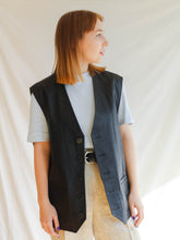Load image into Gallery viewer, Vintage 90's Gianni Versace Leather Vest (XL)