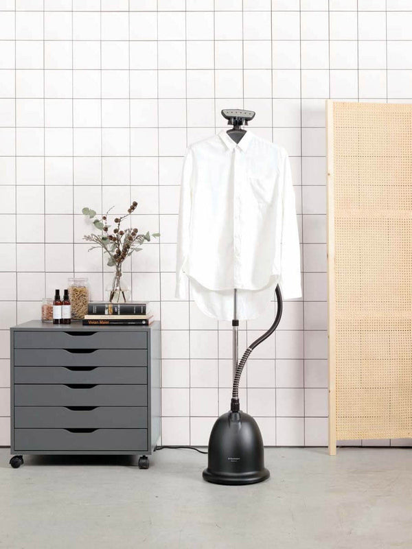 Cumulus No. 3 Home Steamer | Black